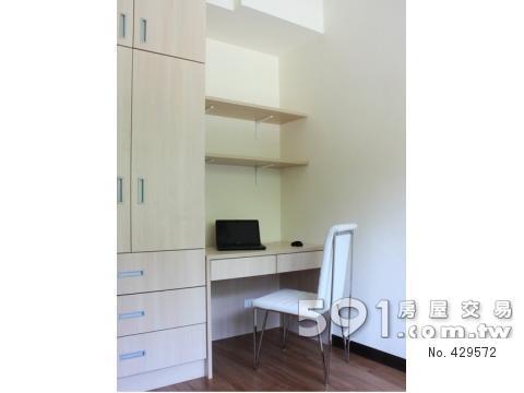 小孩房系统衣柜,书桌