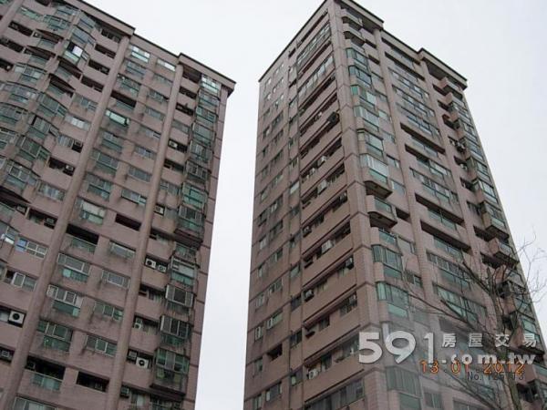 三层半楼房两间两房外表设计图-大厦外观-蓝海捷运 高楼景观两房